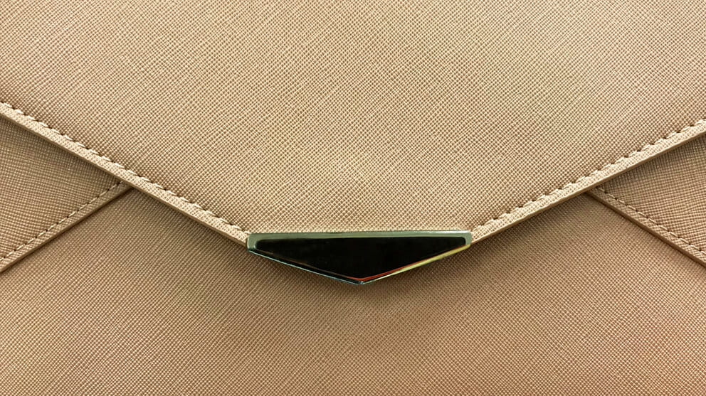 Front view of a purse