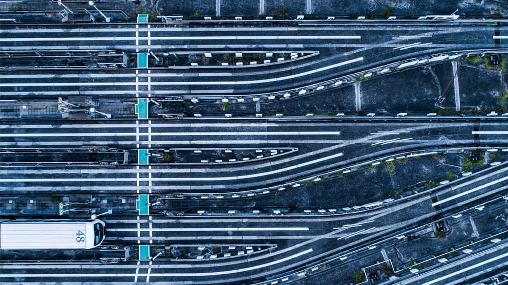 railroad-tracks-from-above